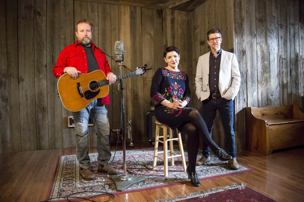 Skydiggers – Wakefield, QC (Acoustic Trio)